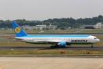 T.Sazenさんが、成田国際空港で撮影したウズベキスタン航空 767-33P/ERの航空フォト(飛行機 写真・画像)