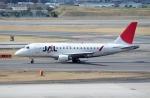 ハピネスさんが、伊丹空港で撮影したジェイ・エア ERJ-170-100 (ERJ-170STD)の航空フォト(飛行機 写真・画像)