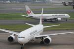 photoclub0506jalさんが、羽田空港で撮影した日本航空 777-289の航空フォト(写真)