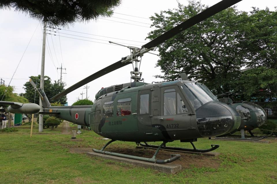 Wasawasa-isaoさんの陸上自衛隊 Fuji UH-1H (41732) 航空フォト