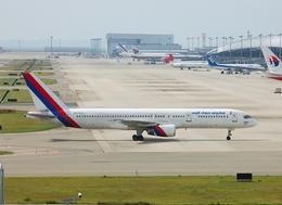 フリューゲルさんが、関西国際空港で撮影したロイヤル・ネパール航空 757-2F8の航空フォト(飛行機 写真・画像)
