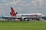 だいせんさんが、ロンドン・スタンステッド空港で撮影したマーティンエアー MD-11CFの航空フォト(写真)