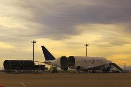 RUNDY!さんが、中部国際空港で撮影したボーイング 747-4H6(LCF) Dreamlifterの航空フォト(飛行機 写真・画像)