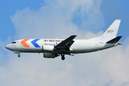 RUSSIANSKIさんが、シンガポール・チャンギ国際空港で撮影したマイ・インド・エアラインズ 737-347(SF)の航空フォト(写真)