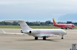 Dojalanaさんが、函館空港で撮影したウィルミントン・トラスト・カンパニー BD-700 Global Express/5000/6000の航空フォト(飛行機 写真・画像)
