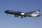 LAX Spotterさんが、ロサンゼルス国際空港で撮影したニュージーランド航空 777-319/ERの航空フォト(写真)