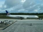職業旅人さんが、アントニオ・B・ウォン・パット国際空港で撮影したコンチネンタル航空 767-424/ERの航空フォト(写真)