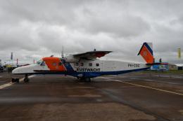 チャッピー・シミズさんが、フェアフォード空軍基地で撮影したオランダ沿岸警備隊 228-212の航空フォト(飛行機 写真・画像)