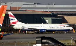 なごやんさんが、O・R・タンボ国際空港で撮影したコムエアー 737-4S3の航空フォト(飛行機 写真・画像)