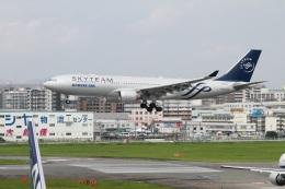 ころちゃんさんが、福岡空港で撮影した大韓航空 A330-223の航空フォト(飛行機 写真・画像)