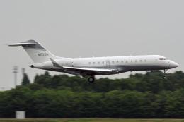 tsubasa0624さんが、成田国際空港で撮影したクレイ・レイシー・アヴィエーション BD-700-1A10 Global Expressの航空フォト(飛行機 写真・画像)