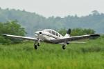 tsubasa0624さんが、龍ケ崎飛行場で撮影したエアフライトジャパン PA-28R-201 Arrowの航空フォト(飛行機 写真・画像)