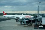 Harry Lennonさんが、ヴァーツラフ・ハヴェル・プラハ国際空港で撮影したスイスインターナショナルエアラインズ 777-3DE/ERの航空フォト(飛行機 写真・画像)