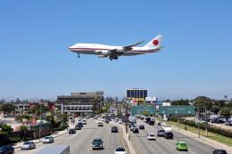 Cimarronさんが、ロサンゼルス国際空港で撮影した航空自衛隊 747-47Cの航空フォト(飛行機 写真・画像)