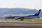 ★azusa★さんが、伊丹空港で撮影した全日空 777-281/ERの航空フォト(写真)