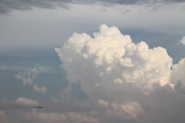 khideさんが、伊丹空港で撮影した日本航空 777-246の航空フォト(飛行機 写真・画像)