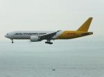 スカイマンタさんが、香港国際空港で撮影したサザン・エア 777-FZBの航空フォト(写真)