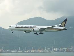 スカイマンタさんが、香港国際空港で撮影したシンガポール航空 777-312/ERの航空フォト(飛行機 写真・画像)