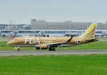 じーく。さんが、新千歳空港で撮影したフジドリームエアラインズ ERJ-170-200 (ERJ-175STD)の航空フォト(飛行機 写真・画像)