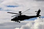 リックさんが、ファンボロー空港で撮影したイギリス陸軍 AH-64Dの航空フォト(写真)