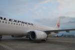寛太さんが、羽田空港で撮影したJALエクスプレス 737-846の航空フォト(写真)