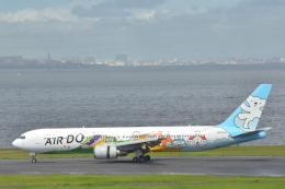 どっかの人さんが、羽田空港で撮影したAIR DO 767-381の航空フォト(飛行機 写真・画像)