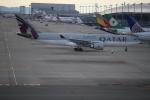 セブンさんが、関西国際空港で撮影したカタール航空 A330-202の航空フォト(飛行機 写真・画像)