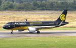 voyagerさんが、デュッセルドルフ国際空港で撮影したユーロウイングス A320-214の航空フォト(飛行機 写真・画像)