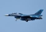 じーく。さんが、千歳基地で撮影した航空自衛隊 F-2Bの航空フォト(飛行機 写真・画像)