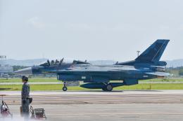 パンダさんが、千歳基地で撮影した航空自衛隊 F-2Bの航空フォト(飛行機 写真・画像)