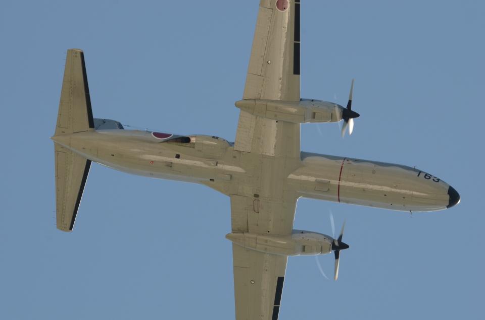 はみんぐばーどさんの航空自衛隊 NAMC YS-11 (12-1163) 航空フォト