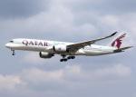 voyagerさんが、フランクフルト国際空港で撮影したカタール航空 A350-941の航空フォト(飛行機 写真・画像)