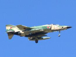 Mame @ TYOさんが、札幌飛行場で撮影した航空自衛隊 RF-4E Phantom IIの航空フォト(飛行機 写真・画像)