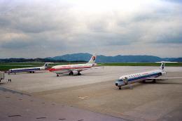 しょうせいさんが、岡山空港で撮影した中国北方航空 MD-82 (DC-9-82)の航空フォト(飛行機 写真・画像)
