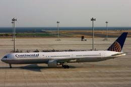 にしやんさんが、中部国際空港で撮影したコンチネンタル航空 767-424/ERの航空フォト(写真)