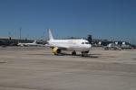 maccha_chaさんが、バルセロナ空港で撮影したブエリング航空 A320-214の航空フォト(写真)