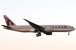 Itami Spotterさんが、成田国際空港で撮影したカタール航空 777-2DZ/LRの航空フォト(写真)