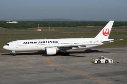 Echo-Kiloさんが、新千歳空港で撮影した日本航空 777-246の航空フォト(写真)