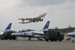 turt@かめちゃんさんが、那覇空港で撮影した日本航空 747-446Dの航空フォト(写真)