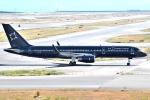 JA8961RJOOさんが、関西国際空港で撮影したTAG エイビエーション UK 757-2K2の航空フォト(写真)