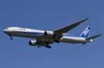 nob24kenさんが、新千歳空港で撮影した全日空 777-381の航空フォト(写真)