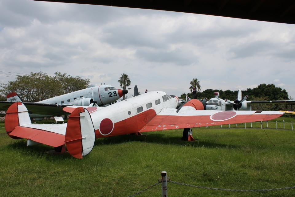 ジャンクさんの海上自衛隊 Beechcraft 18 (6434) 航空フォト