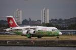 yusuke@HNDさんが、ロンドン・シティ空港で撮影したスイスインターナショナルエアラインズ Avro 146-RJ100の航空フォト(写真)