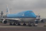 セブンさんが、アムステルダム・スキポール国際空港で撮影したKLMオランダ航空 747-406Mの航空フォト(飛行機 写真・画像)
