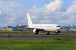 航空フォト:N572UA ユニカル・アヴィエーション 767-300