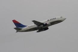 tame24さんが、シンシナティ・ノーザンケンタッキー国際空港で撮影したデルタ航空 737-247/Advの航空フォト(飛行機 写真・画像)