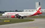 セブンさんが、ミュンヘン・フランツヨーゼフシュトラウス空港で撮影したエア・ベルリン A320-214の航空フォト(飛行機 写真・画像)