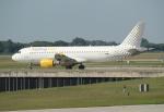 セブンさんが、ミュンヘン・フランツヨーゼフシュトラウス空港で撮影したブエリング航空 A320-216の航空フォト(飛行機 写真・画像)