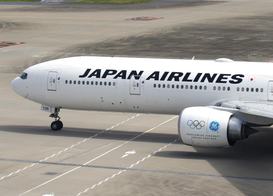 voyagerさんの日本航空 Boeing 777-300 (JA735J) 航空フォト