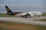 セブンさんが、関西国際空港で撮影したUPS航空 767-34AF/ERの航空フォト(飛行機 写真・画像)